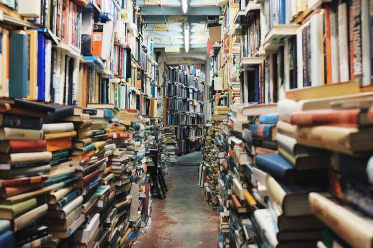 used bookstore; where to find cheap books, free books, book blog, reading blog, Read Yourself Happy