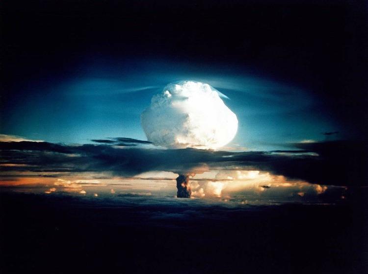 hydrogen-bomb-63146_1280